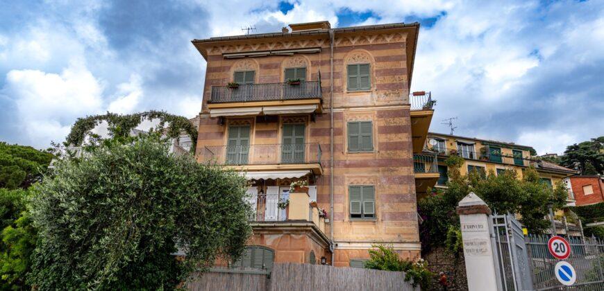 Grande appartamento con balcone