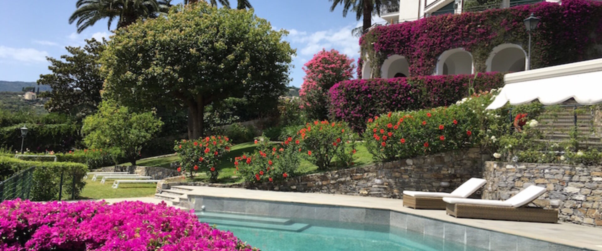 Holiday rental with pool