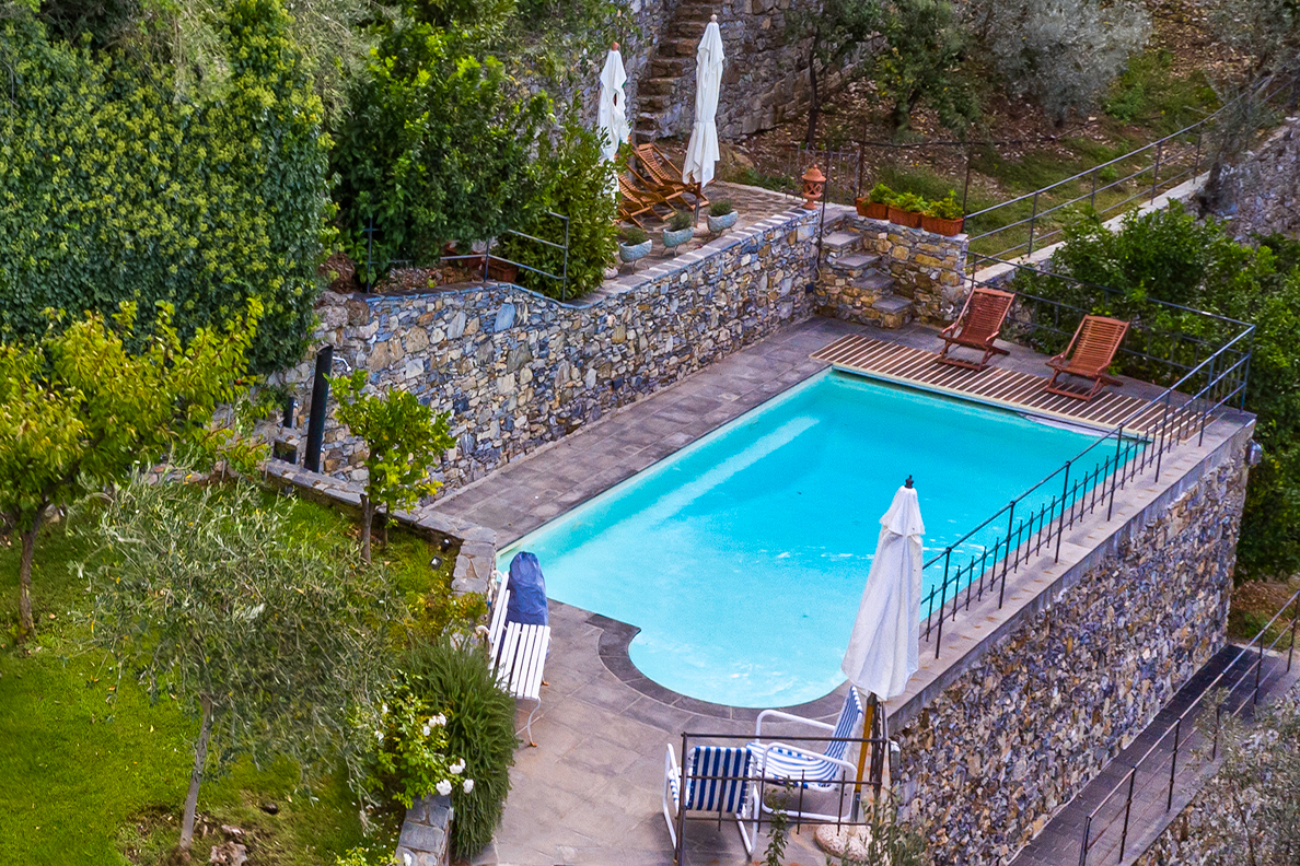 Giardino, piscina & vista mare