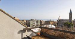 Albaro Via Zara Attico  mq 140 Box e Cantina