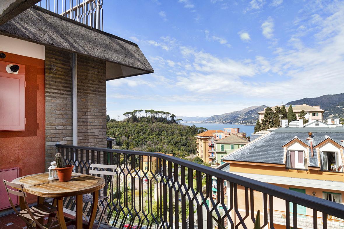 Appartamento con balconata